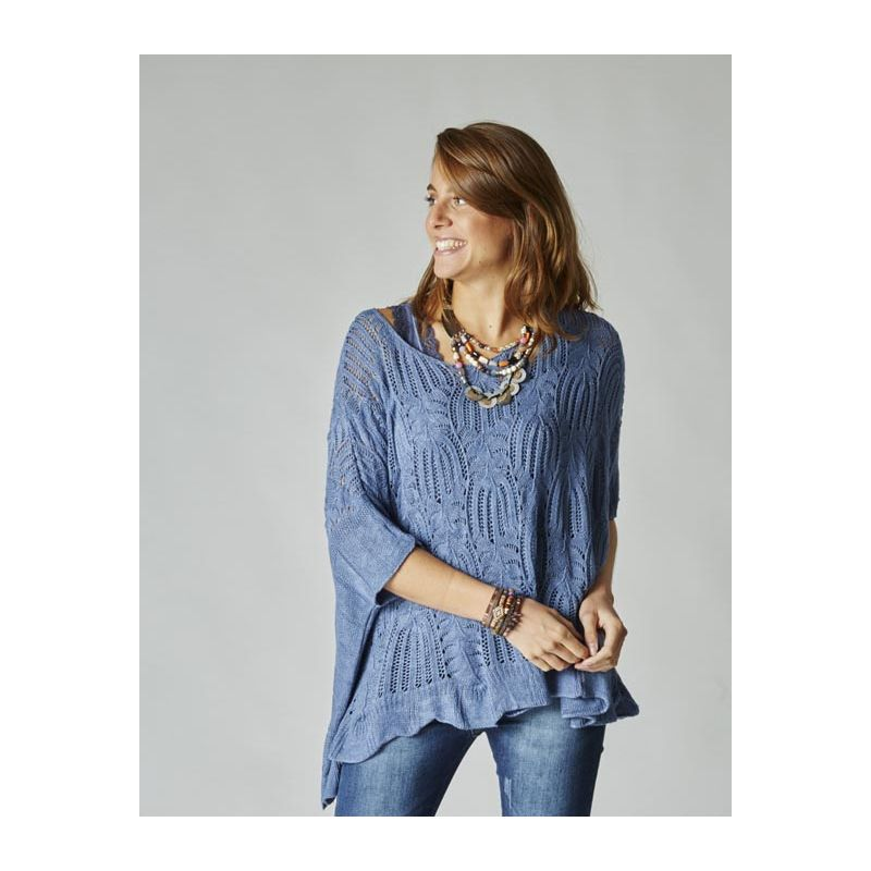 Knitted sweater/poncho