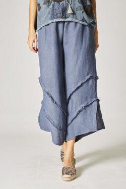 Linen pants, details on bottom