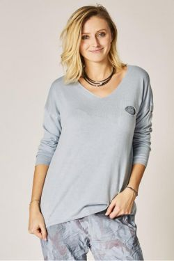 V neck light sweater