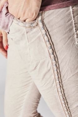 Jeg Pants with detail on side