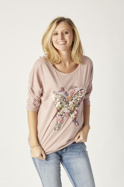 T-Shirt with butterfly sequins