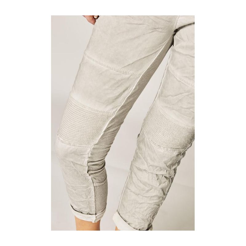 Jegging ribbed fabric on knee